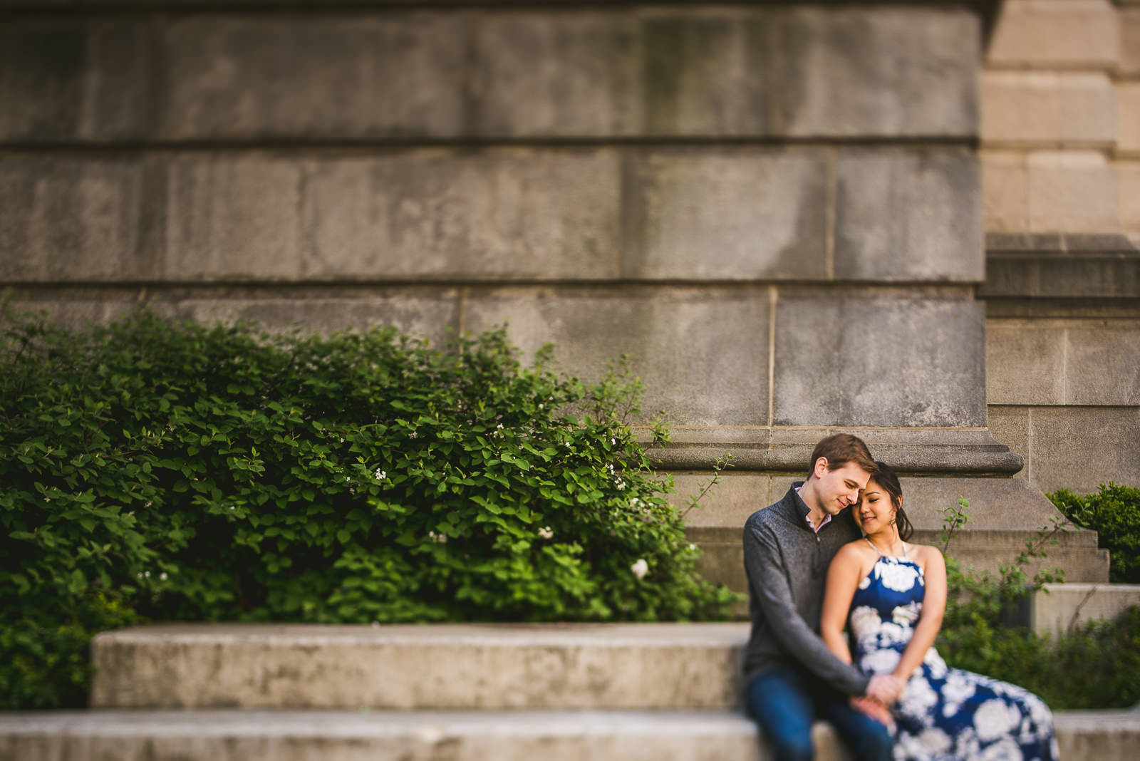 05 best riverwalk engagement photos in chicago - Downtown Chicago Engagement Session // Linhda + Jamie