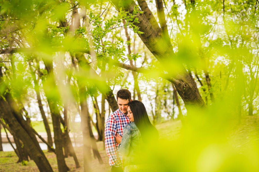 Lincoln Park Engagement Session // Erica + Tim