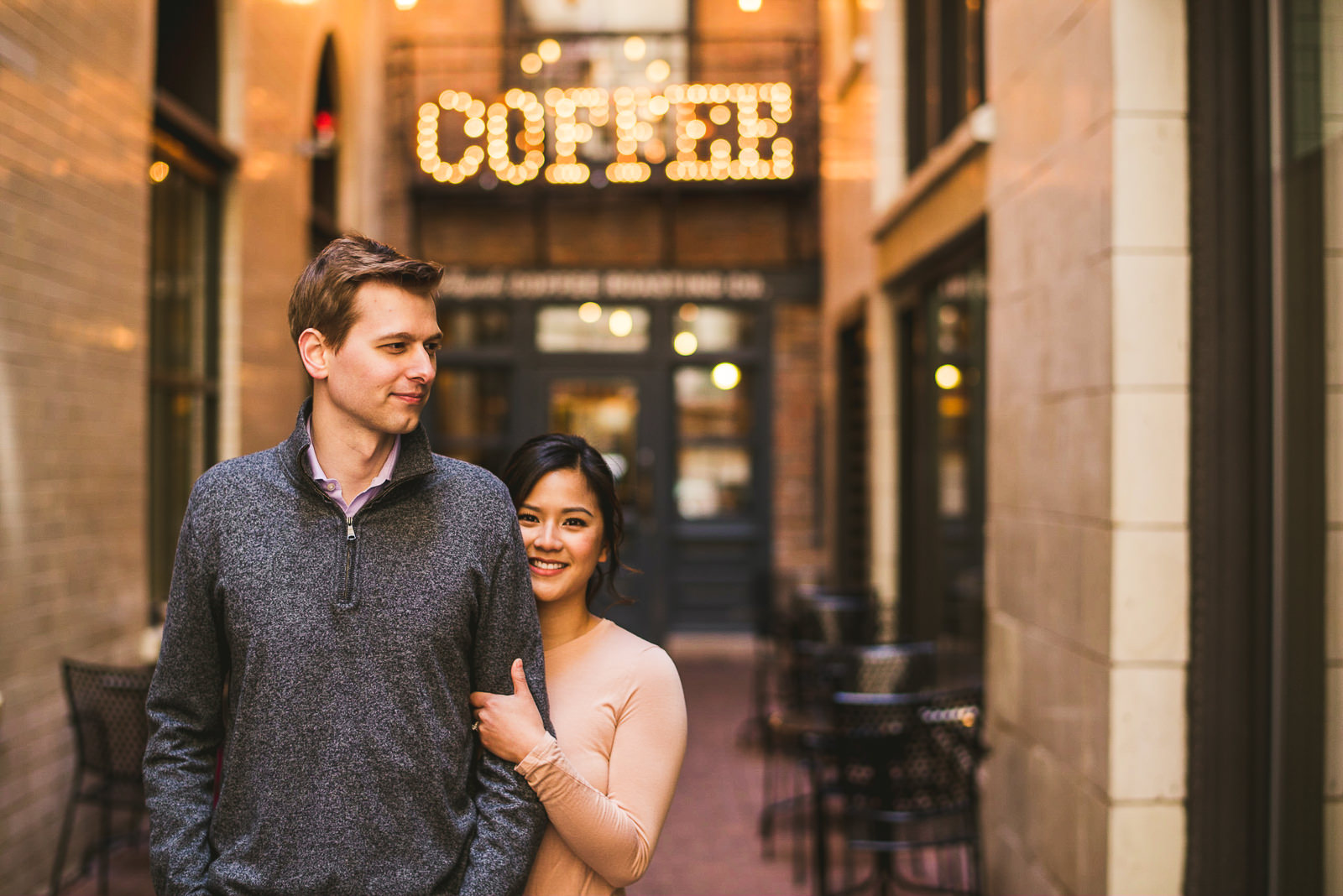 11 chicago engagement photographers - Downtown Chicago Engagement Session // Linhda + Jamie