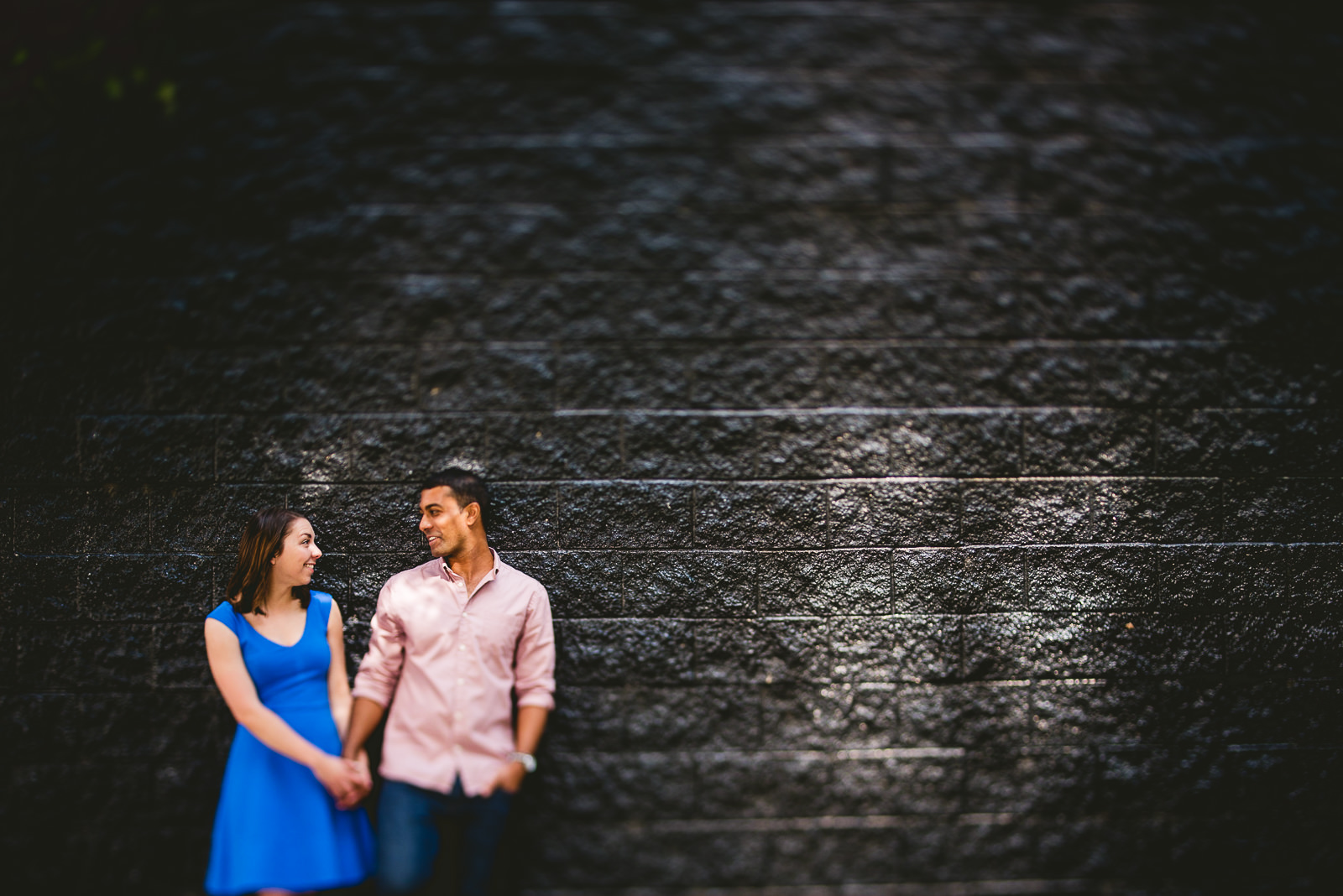 07 chicago river north engagement photographer - Lincoln Park Chicago Engagement Session at Homeslice // Kylie + Sean