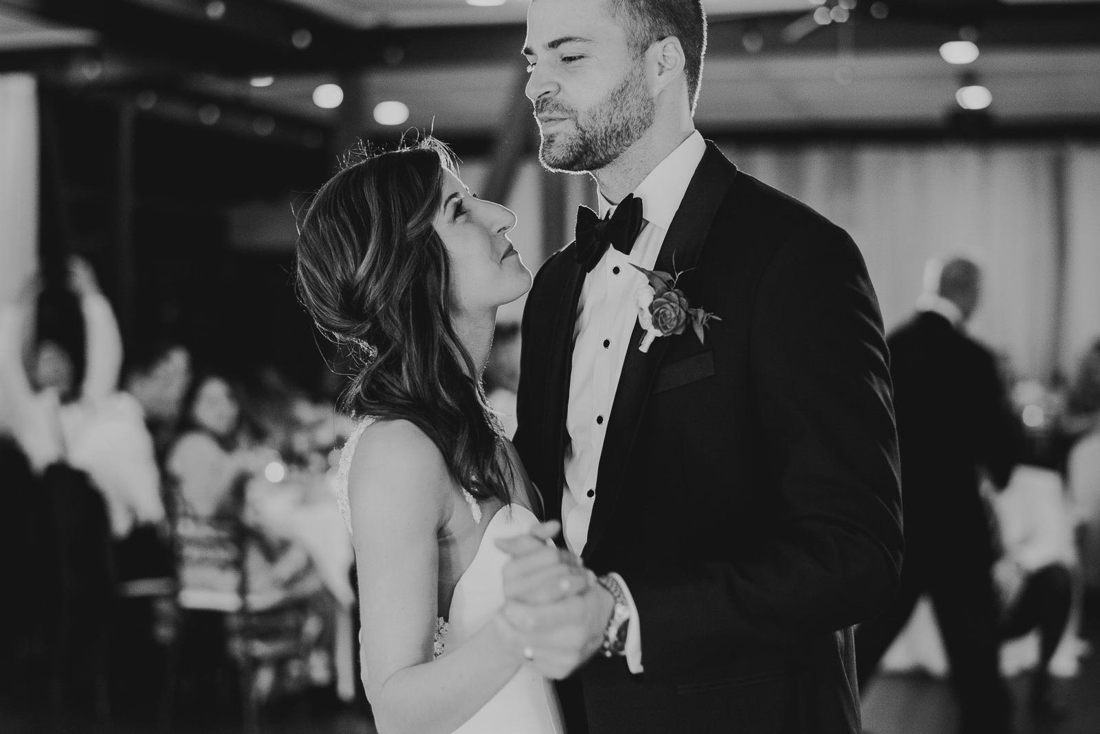 54 club of hillbrook bride and groom first dance - Club of Hillbrook Wedding // Jenna + Ben