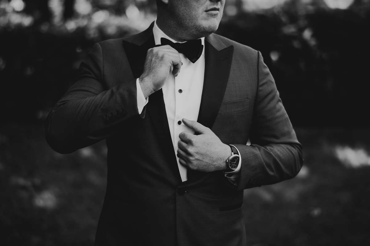 11 best groom portraits - Cantigny Wedding Photos