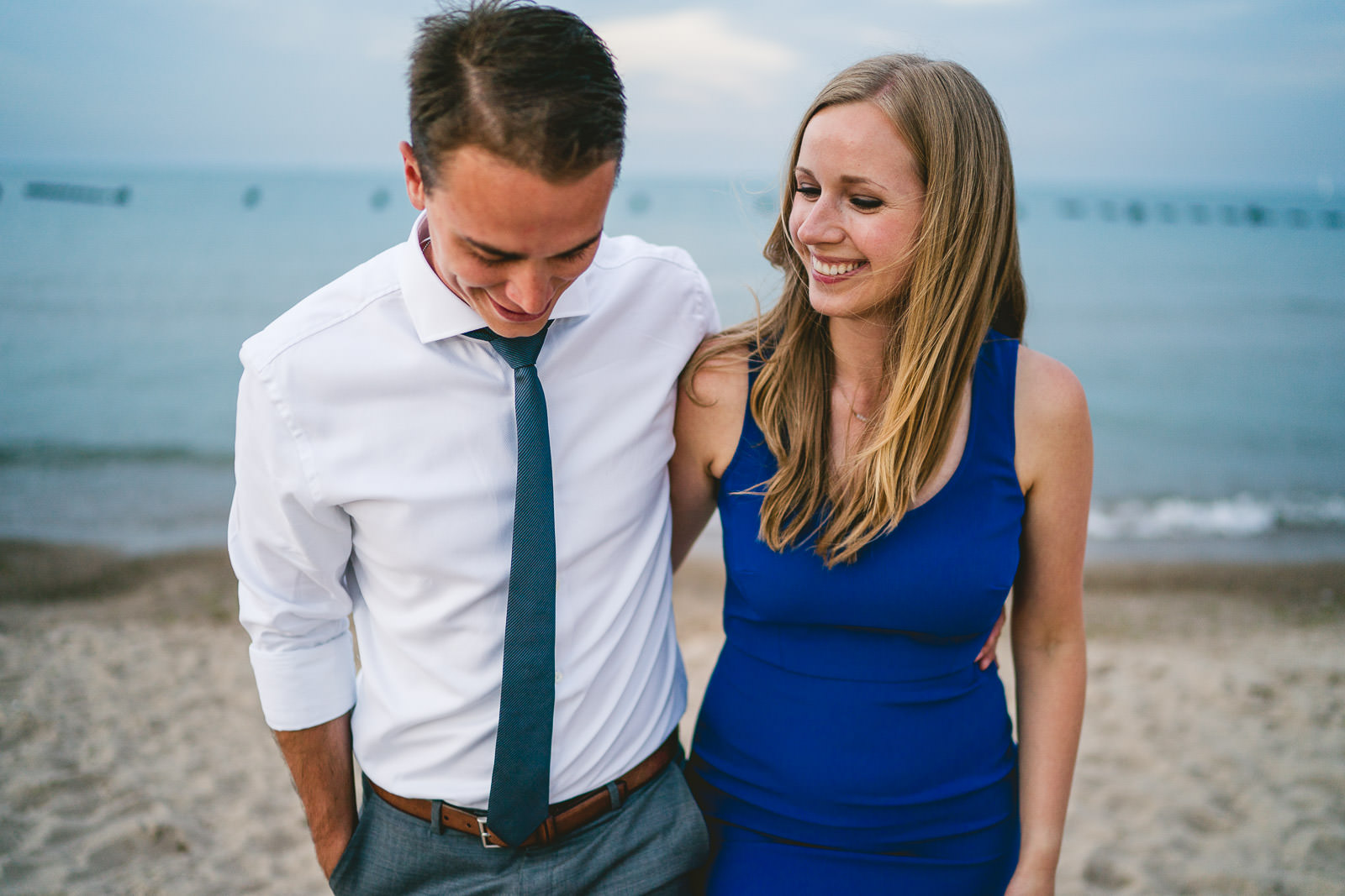 19 beach engagement photography in chicago - Lincoln Park Engagement Session  // Johanna + Drew