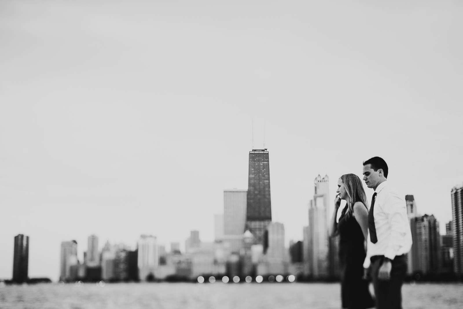 20 awesome skyline engagement session - Lincoln Park Engagement Session  // Johanna + Drew
