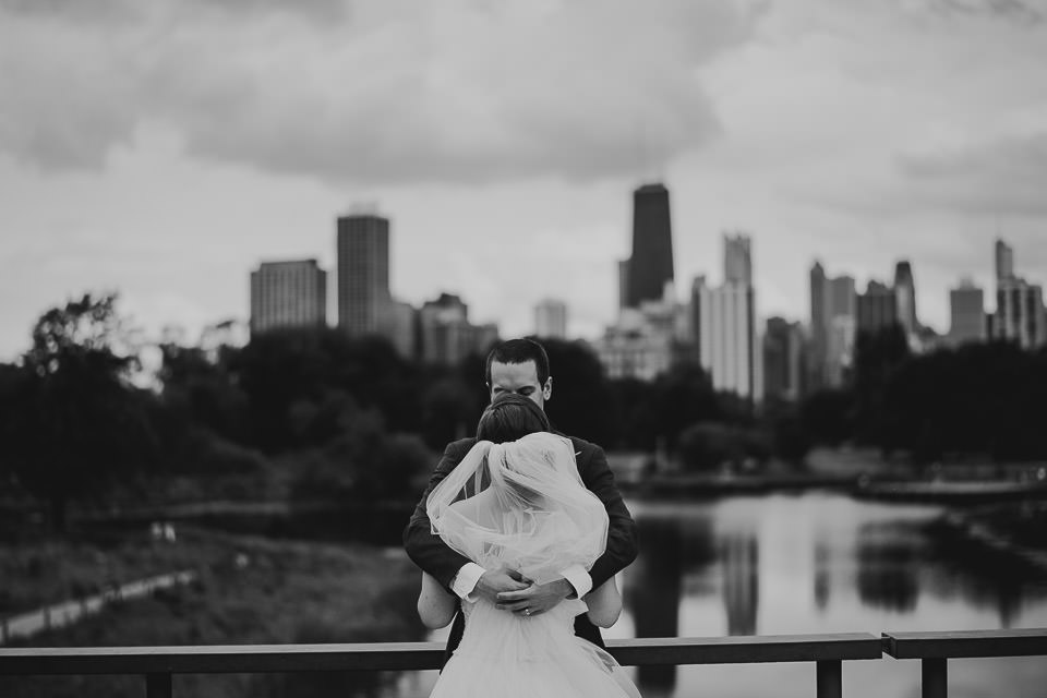56 wedding photographer in chicago - Harold Washington Library Wedding Photos // Kasia + Chris