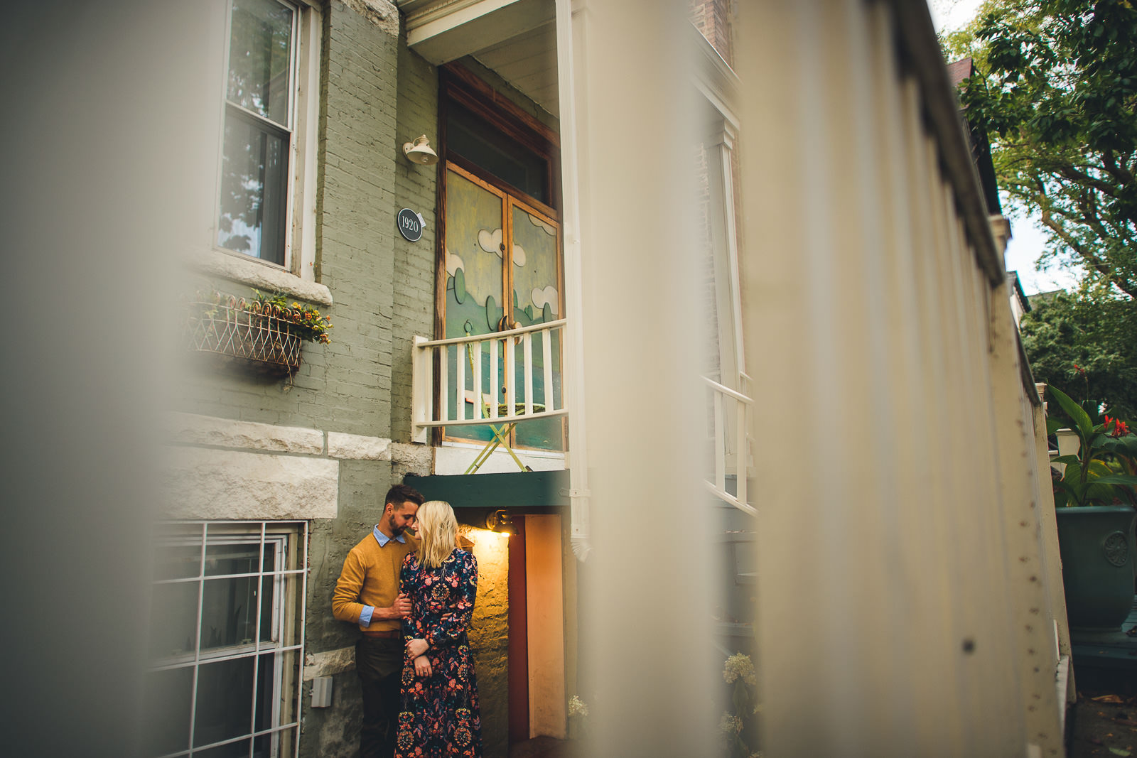 09 best wes anderson engagement pics - Wes Anderson Inspired Engagement Session in Wicker Park // Kelsey + Mark