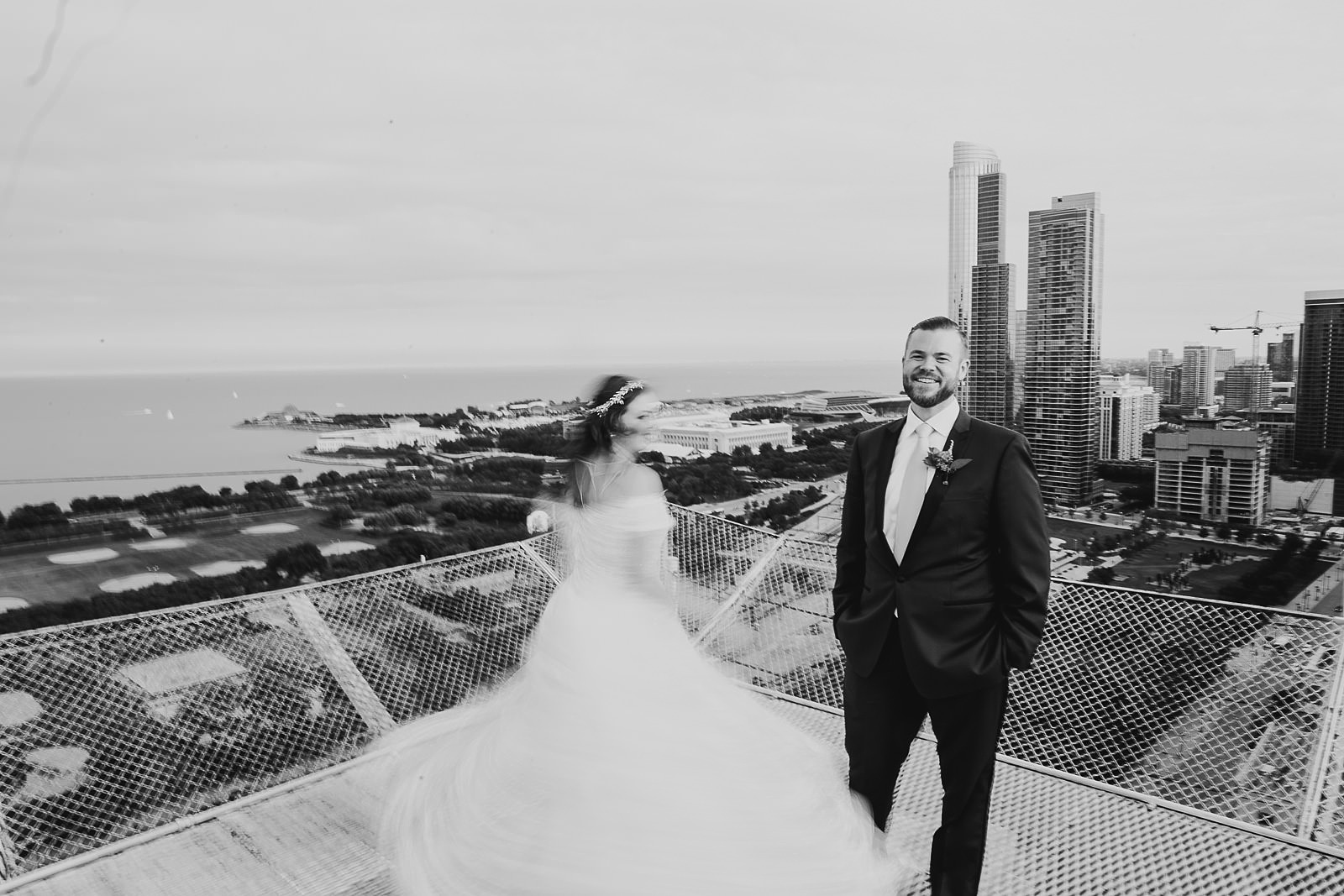 48 chicago wedding photographers - Hilton Chicago Wedding Photographer // Sarah + Aaron