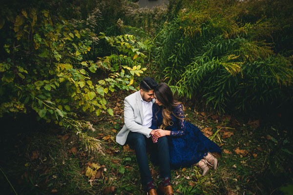 Chicago Fall Engagement Photos // Saba + Irfan