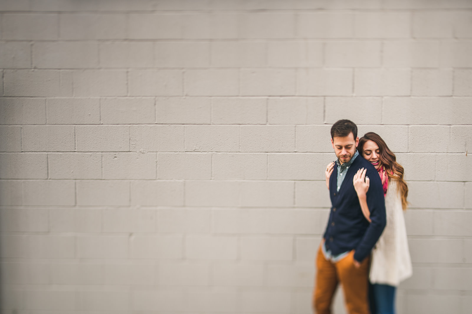 06 amazing bucktown engagement photography - Bucktown Chicago Engagement Photos // Pearl + Ken