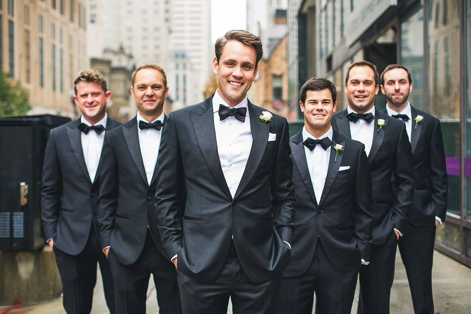 14 groomsmen downtown chicago - Ivy Room Wedding // Audrey + Tyler