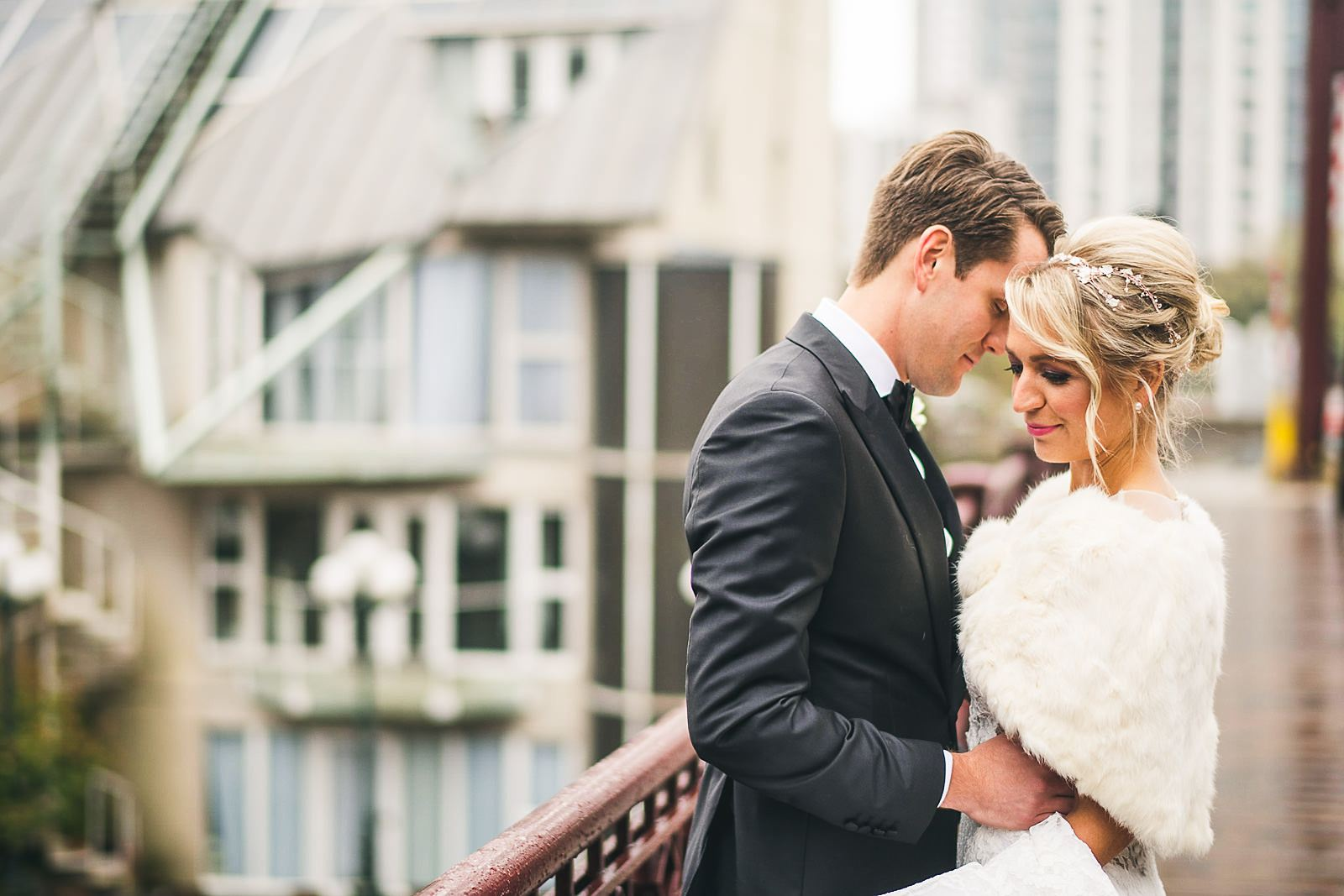 29 chicago bridge wedding photo inspiration - Ivy Room Wedding // Audrey + Tyler