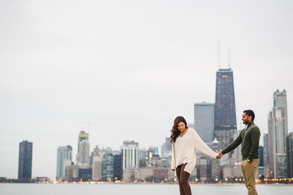 01 winter chicago skyline engagement - Winter Engagement Session in Chicago // Steve + Jasa