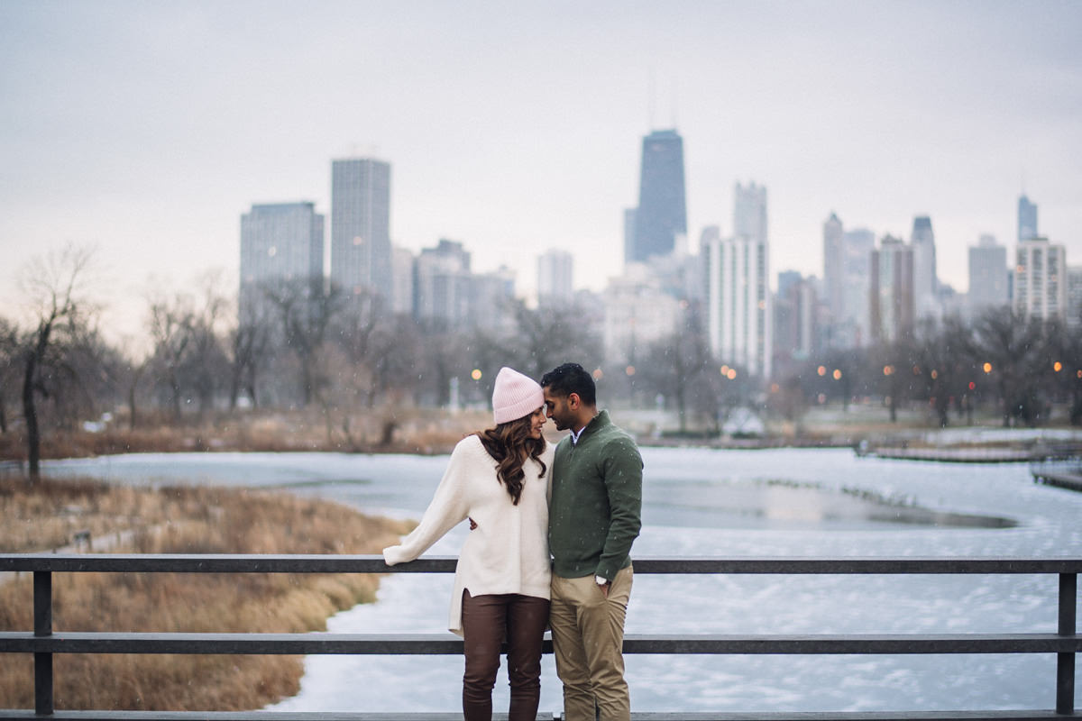 08 chicago winter engagement session inspo - Winter Engagement Session in Chicago // Steve + Jasa