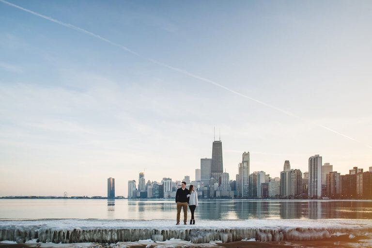 10 chicago skyline engagement photos