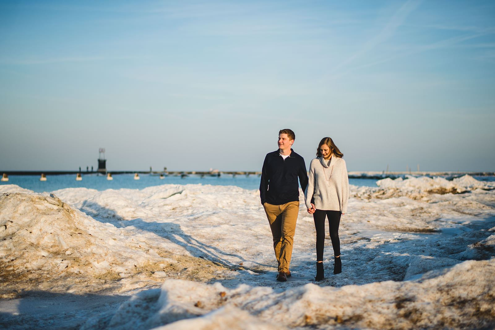 12 winter engagement photos in chicago - Chicago Engagement Photos // Katie + Nick