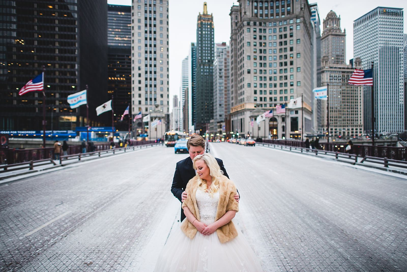 15 chiago wedding photos - Drake Chicago Luxury Wedding Photography // Kate + Royce