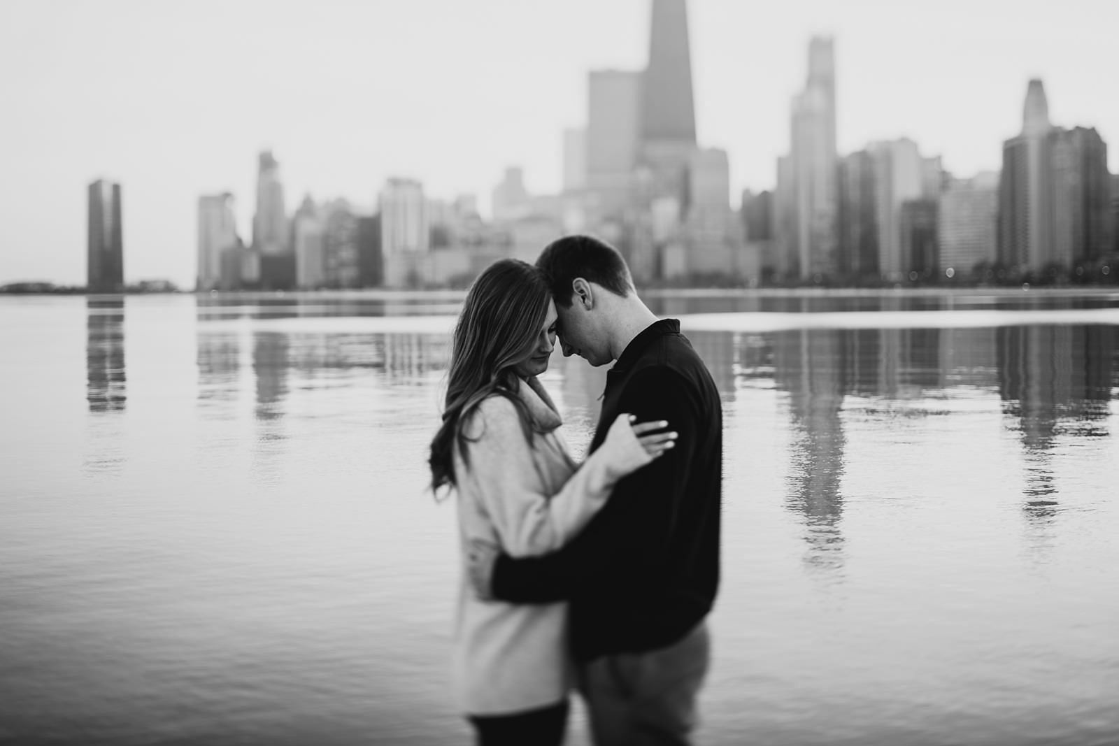 17 black and white engagement photos - Chicago Engagement Photos // Katie + Nick