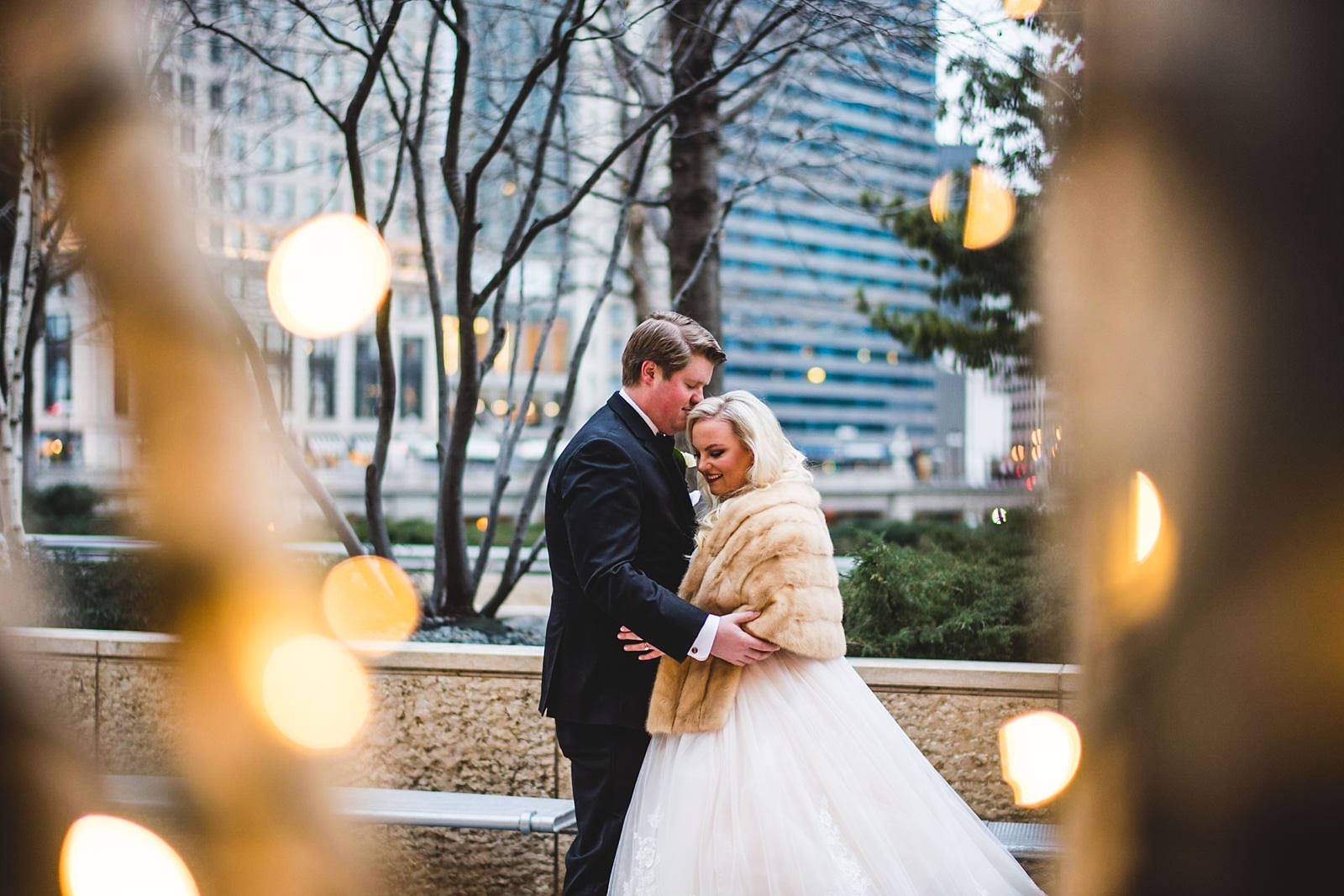 17 winter wedding photos in chiago - Drake Chicago Luxury Wedding Photography // Kate + Royce