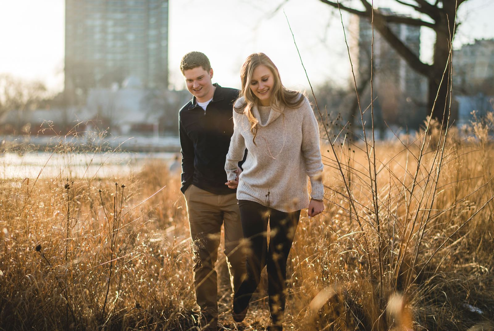 18 sunset engagement photography - Chicago Engagement Photos // Katie + Nick