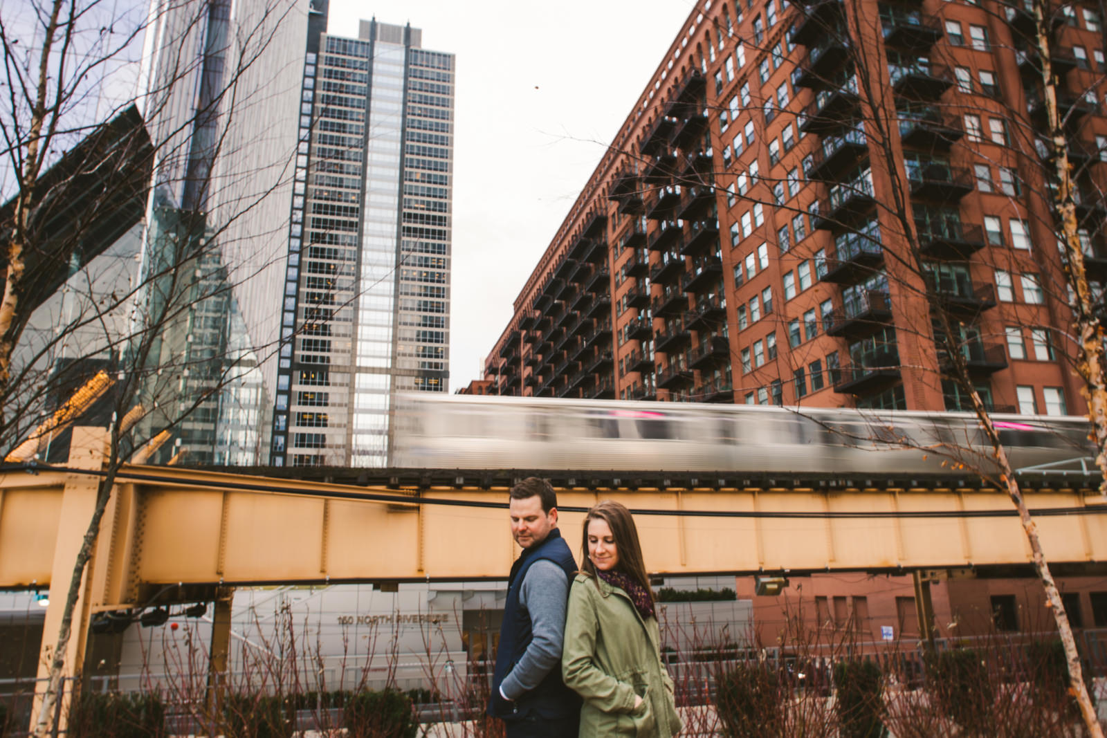 07 west loop engagement inspiration - West Loop Chicago Engagement Session // Courtney + Tim
