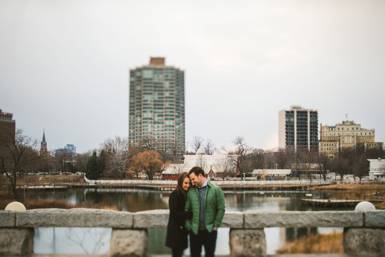 12 lincoln park engagement inspiration - West Loop Chicago Engagement Session // Courtney + Tim