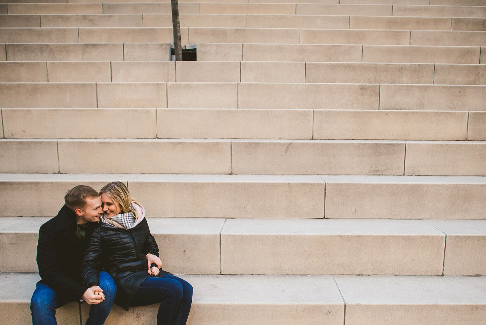 19 bet engagement photos ever - The Prefect Chicago Proposal // Eva + Vitalij