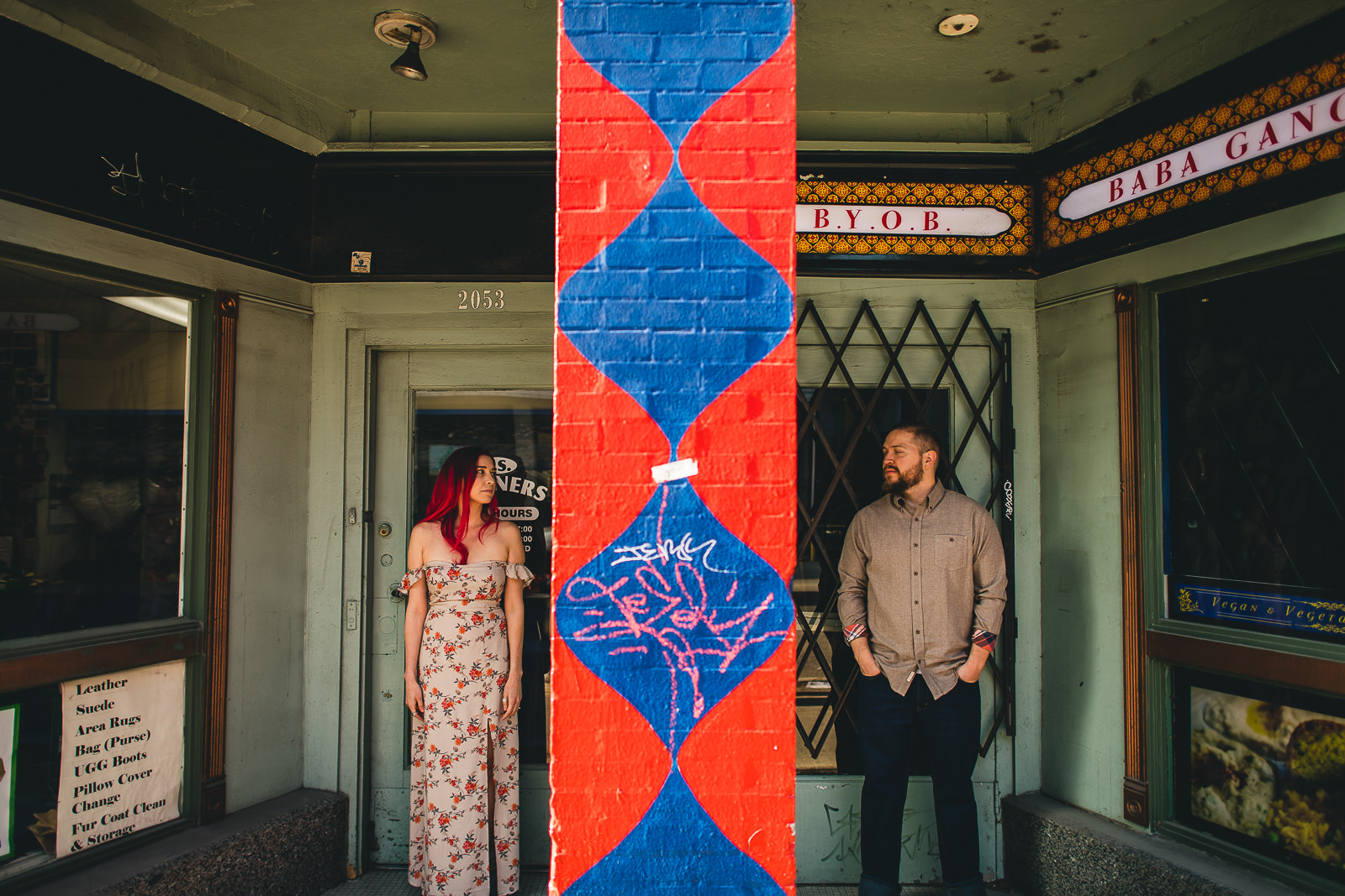 11 wes anderson inspired photos - Wes Anderson Chicago Engagement Session / Tam + Rob