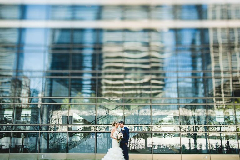 20 creative wedding photos chicago