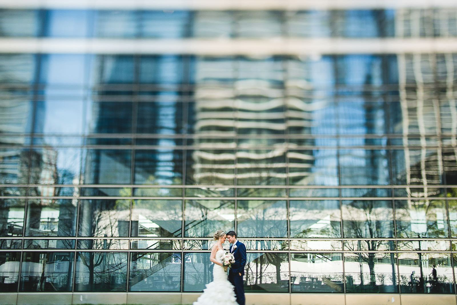 20 creative wedding photos chicago - Mid America Club Wedding Photography / Hannah + Jay