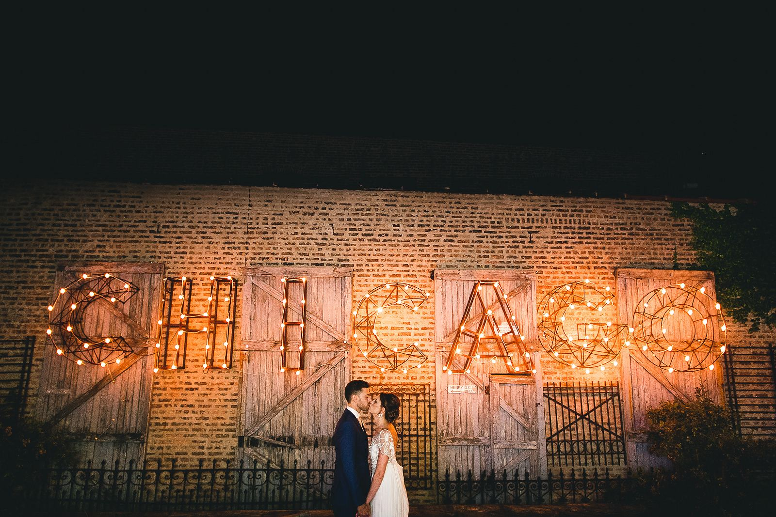 59 chicago sign salvage one wedding - Salvage One Wedding // Pearl + Ken