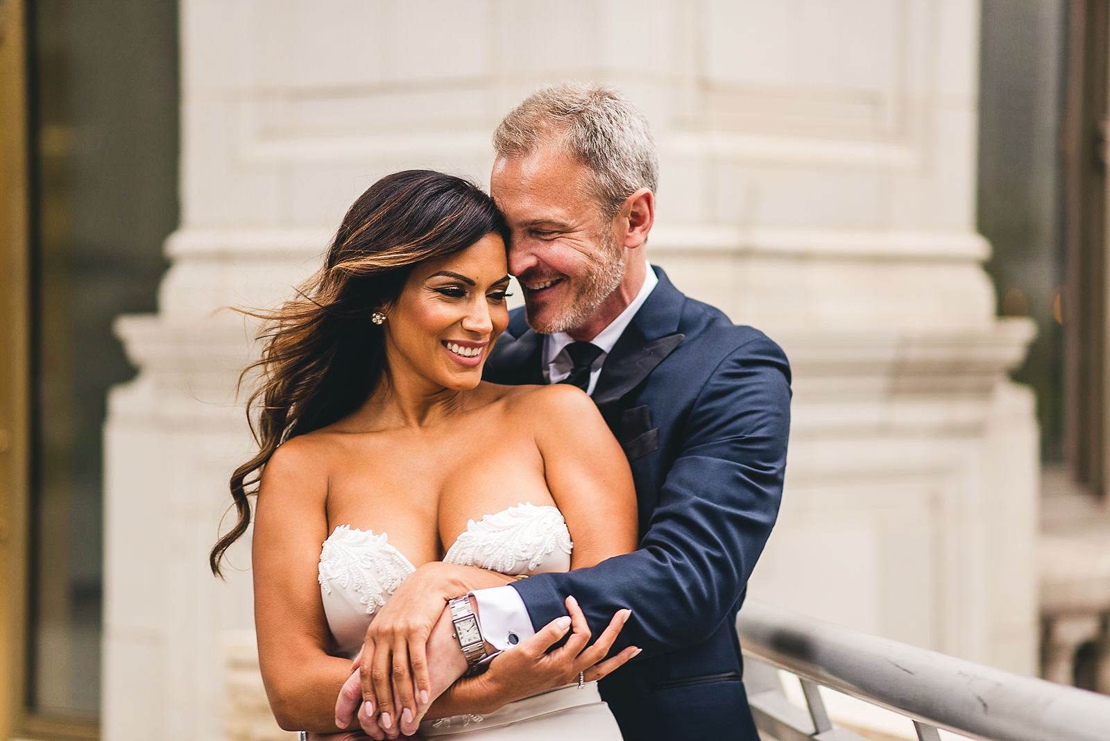 14 chicago wedding photos - Intercontinental Chicago Hotel Wedding // Lili + Danny