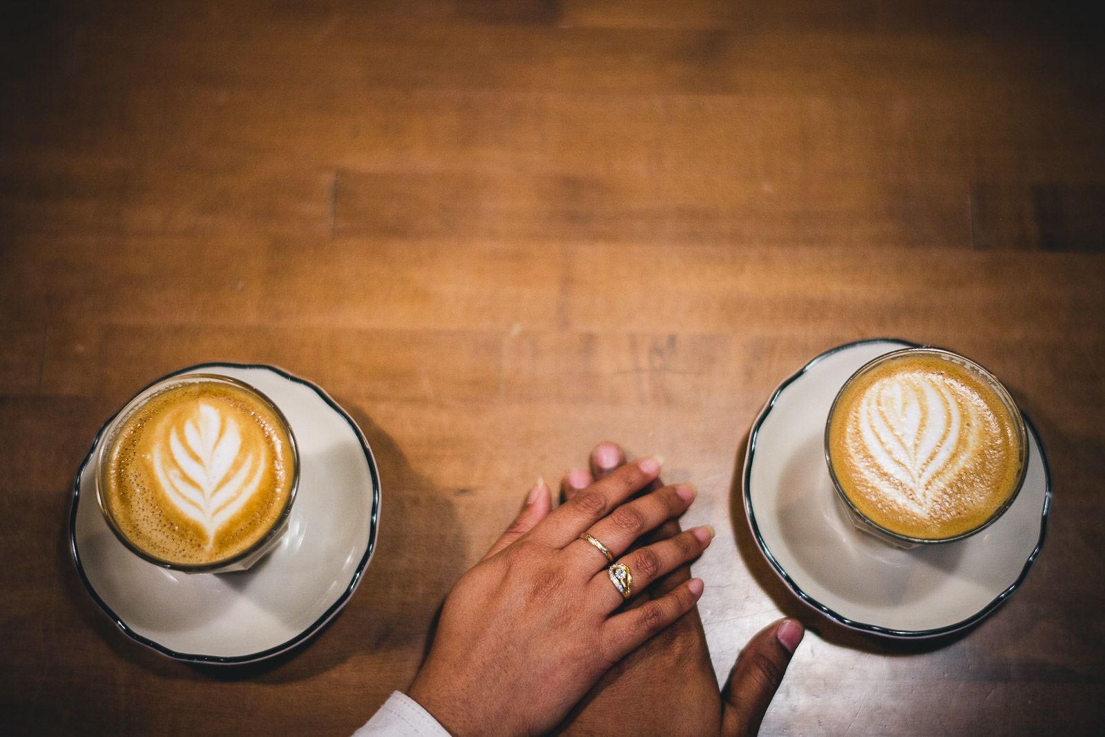 03 fun coffee photos - Downtown Chicago Engagement Session // Mikita + Singh