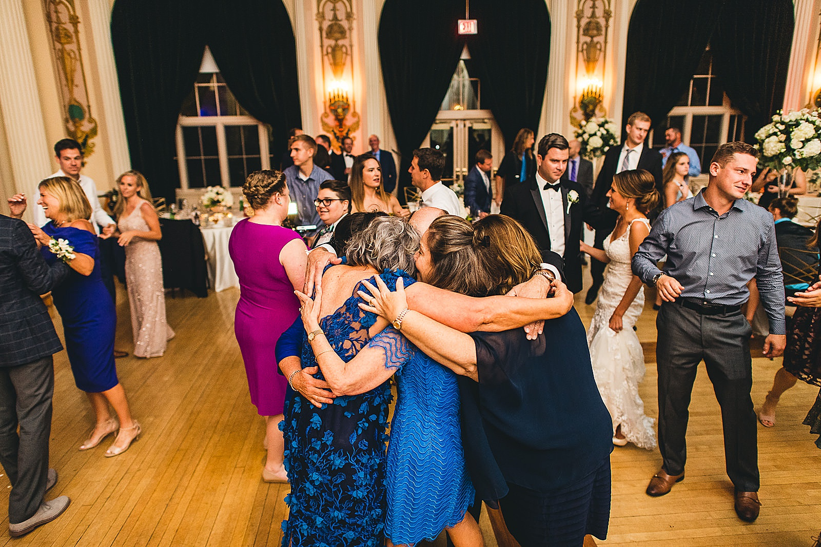 56 wedding reception photos in chicago