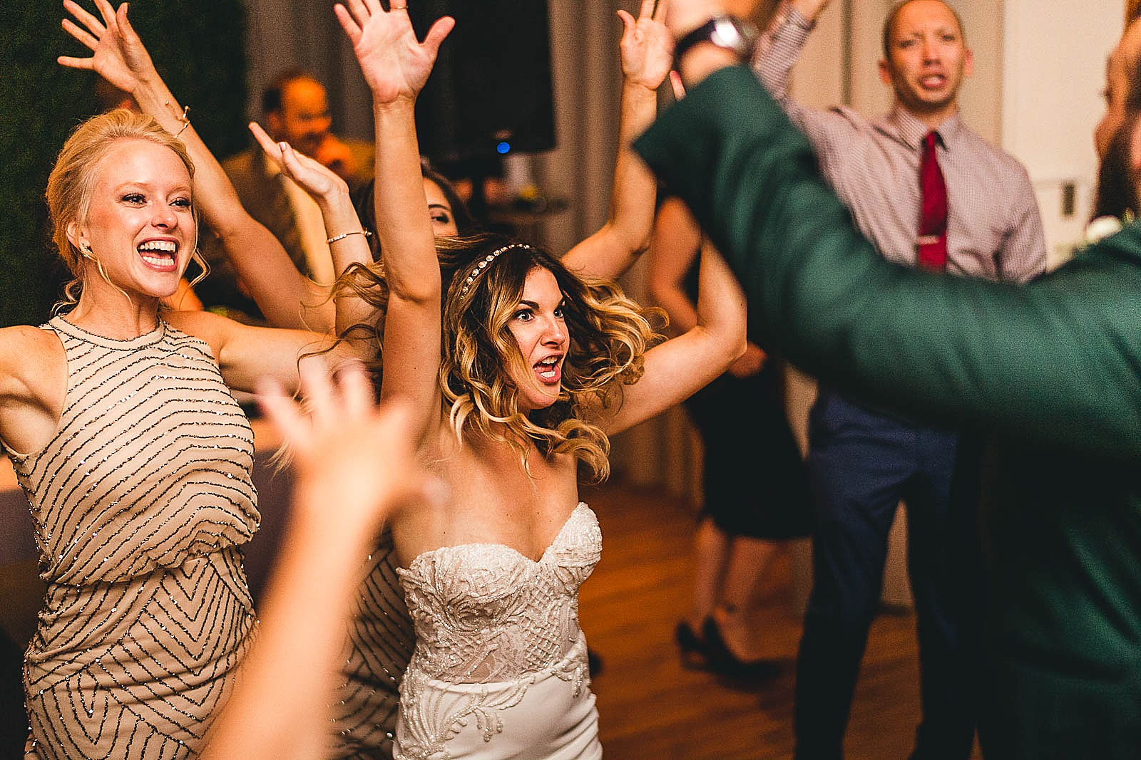 66 awesome ivy room chicago reception inspration photos - Ivy Room Chicago Wedding Photos // Bethany + Anthony