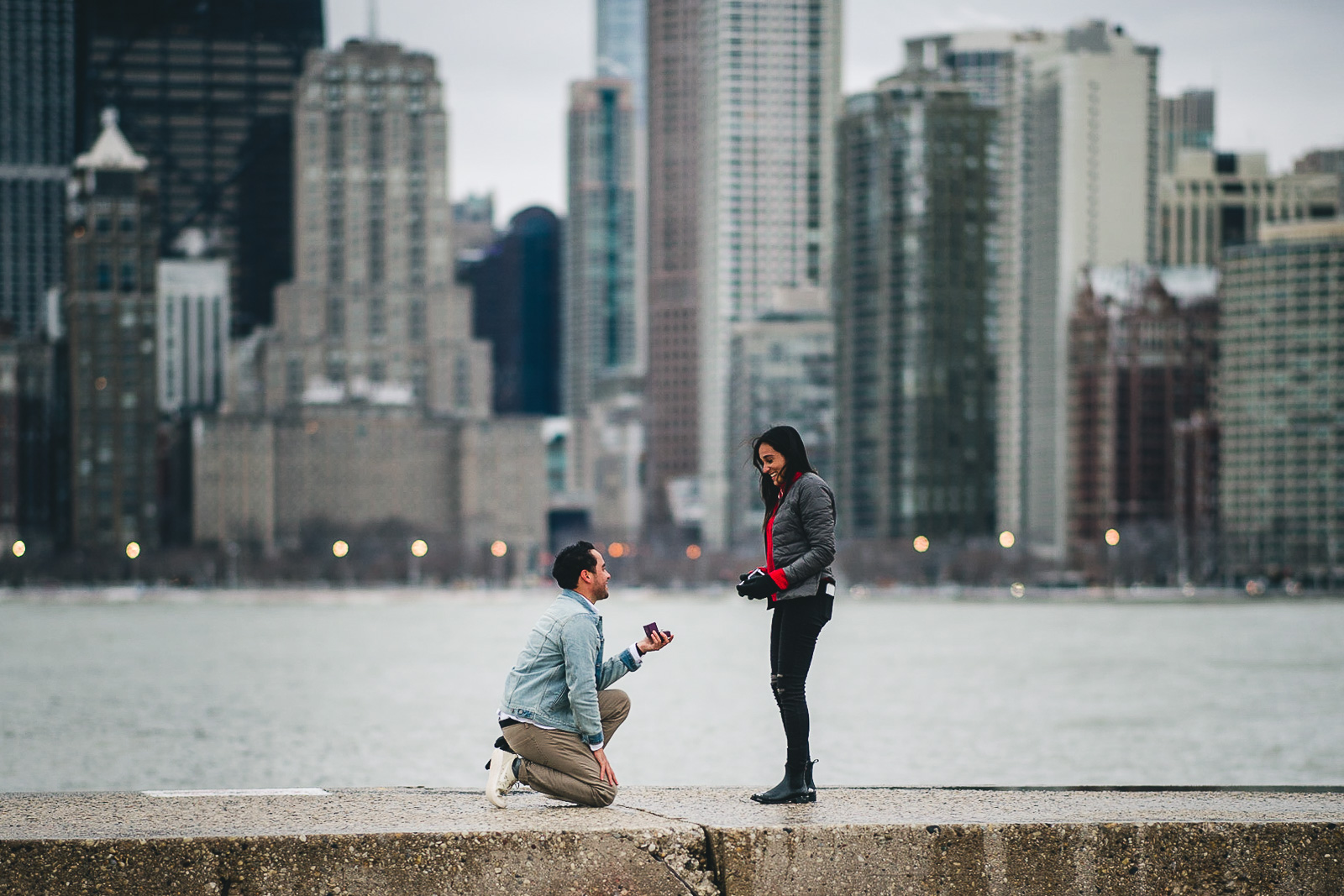 03 proposing in chicago - Chicago Proposal Photographer // Jose + Anna