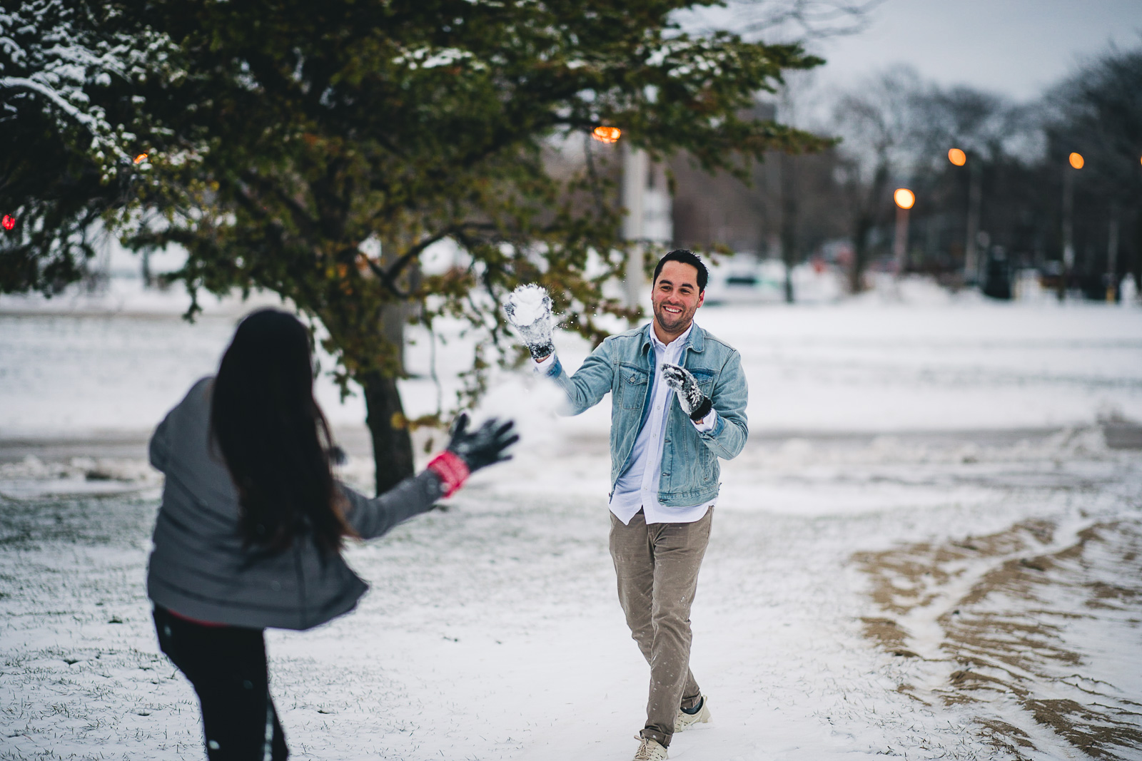 06 cute snowball fight - Chicago Proposal Photographer // Jose + Anna