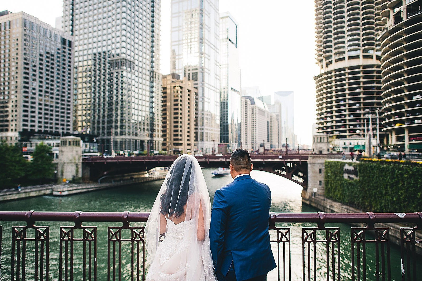 33 chicago river wedding photos - LondonHouse Wedding Photos // Mari + Kevin