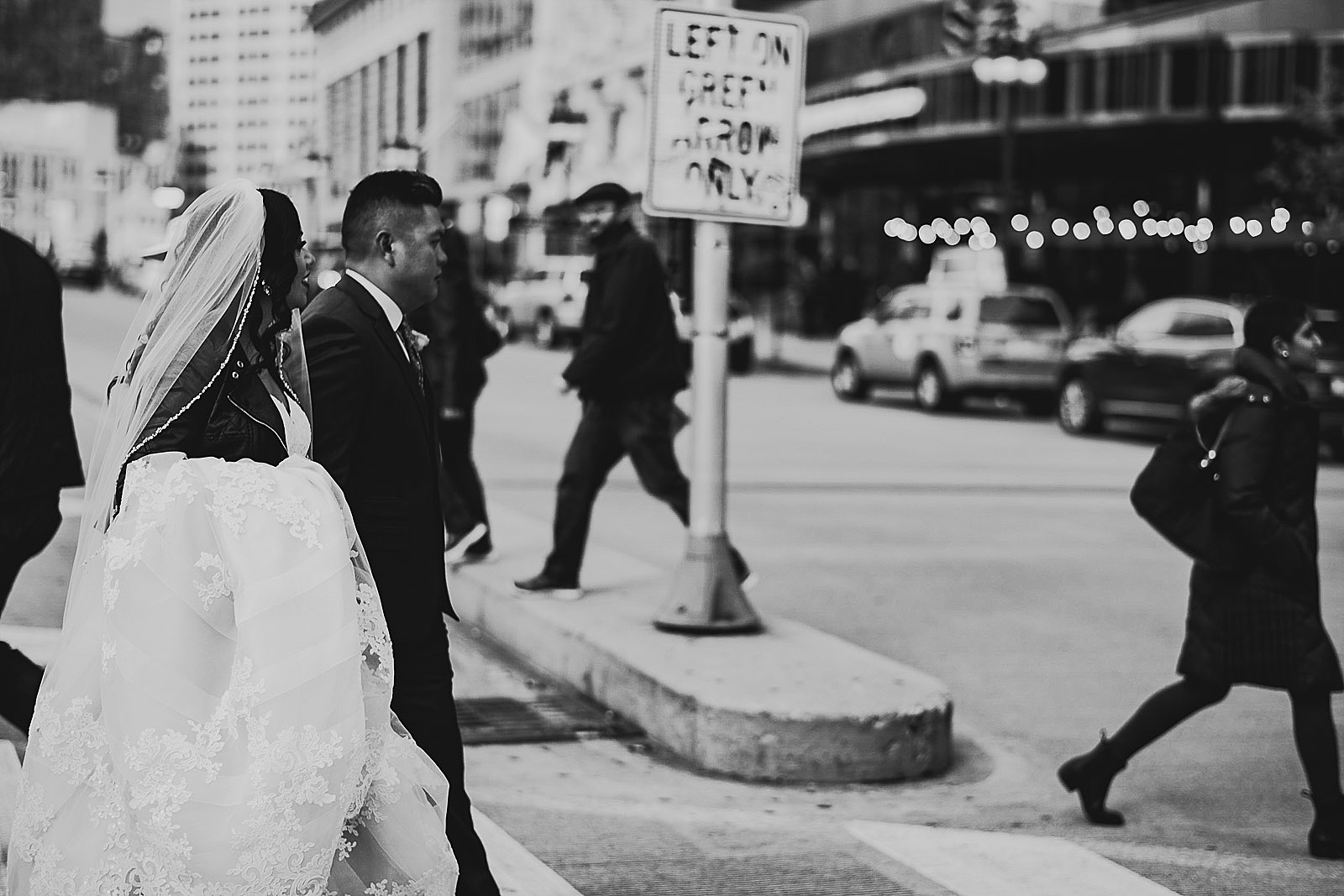 35 black and white street wedding photography - LondonHouse Wedding Photos // Mari + Kevin
