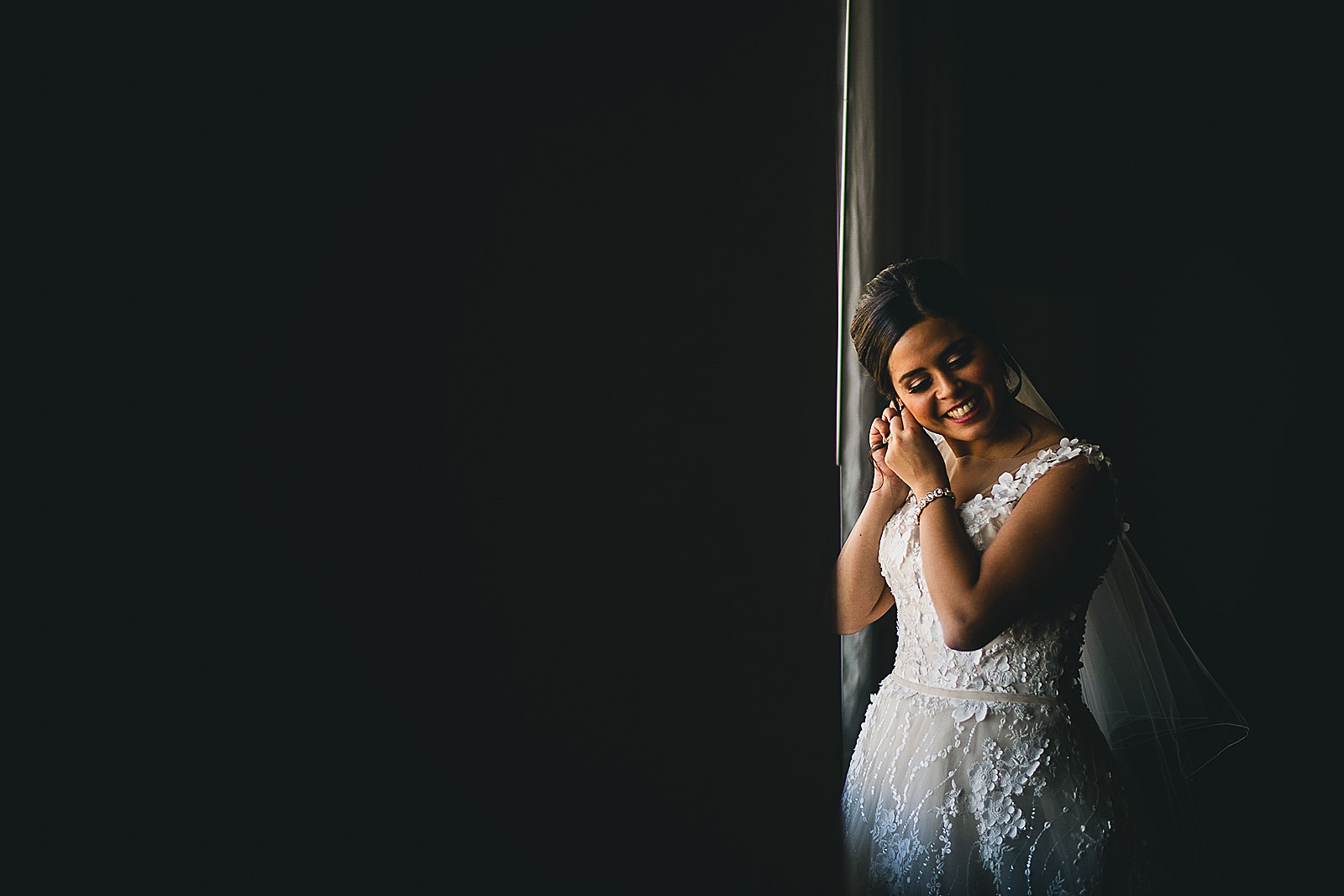 06 bride inspiration photos - Chicago Wedding Photography at Morton Arboretum // Alex + Tim