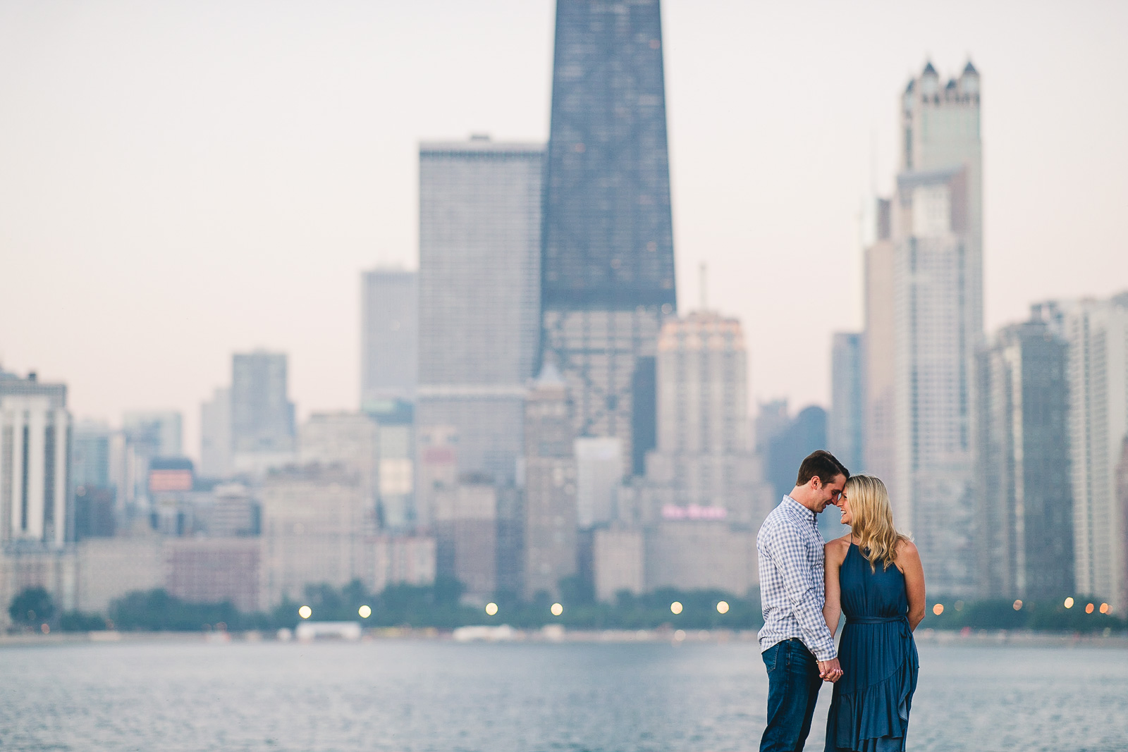 05 engagement photographers in chicago - Chicago Engagement Photos // Lauren + Ben