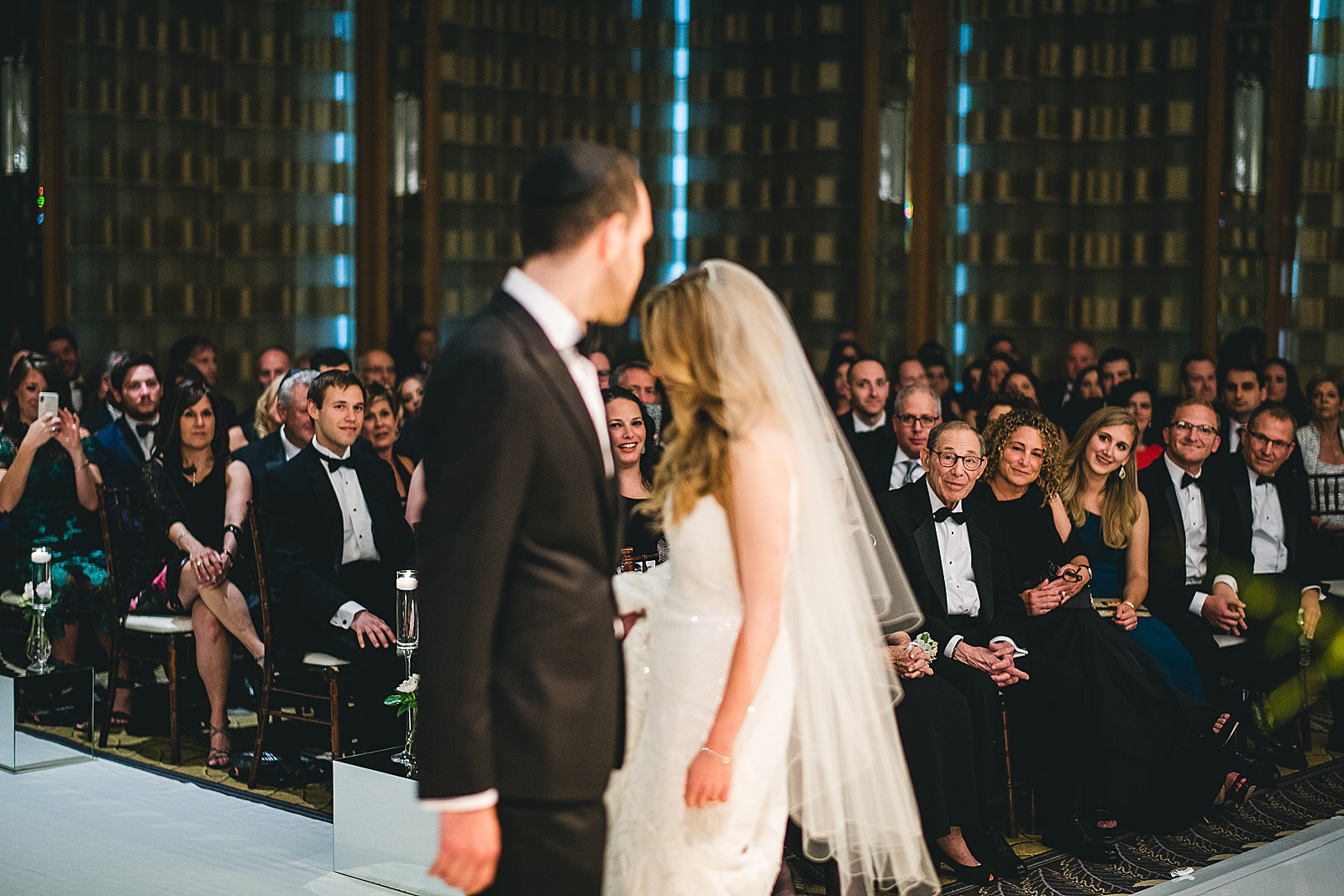 36 best jewish wedding photos - Susie + Eric's Jewish Wedding at the Peninsula Hotel in Chicago