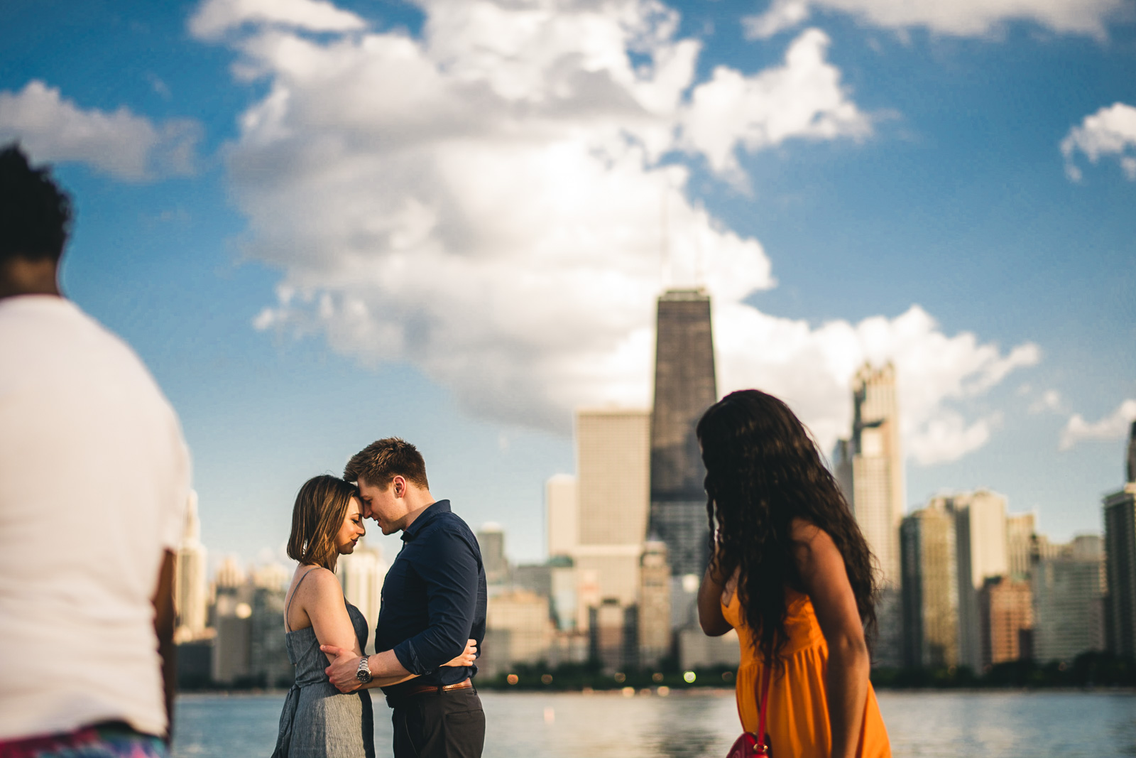 04 fun chicago engagement session photography - Chicago Sunset Engagement Session // Lani + Ross