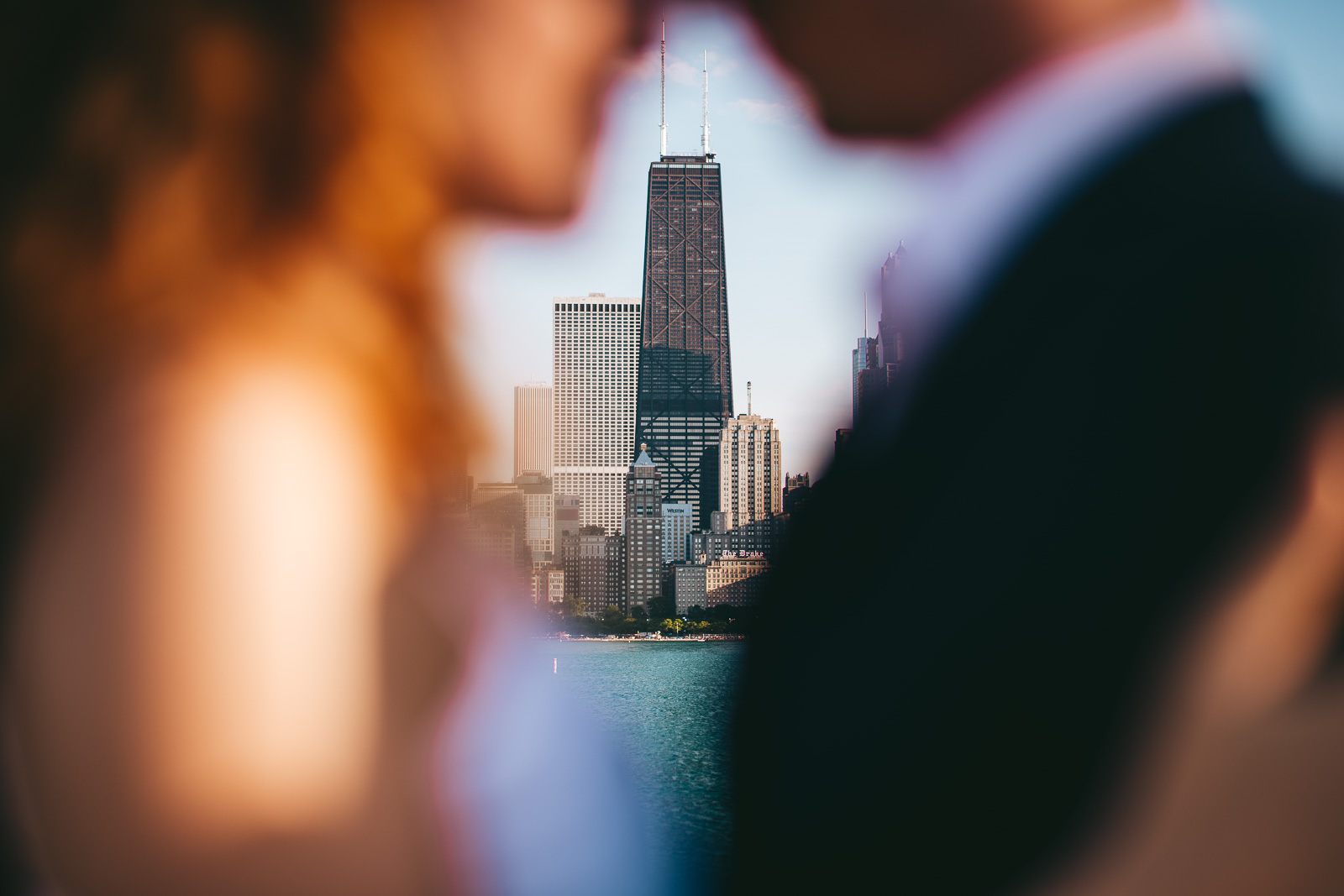 05 chicago proposal idea photos - Chicago Skyline Proposal // Chris + Chrissi