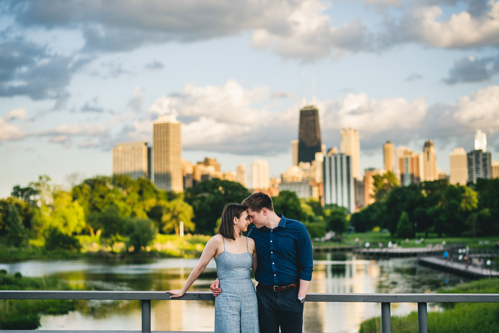 12 best skyline engagement session photos - Chicago Sunset Engagement Session // Lani + Ross