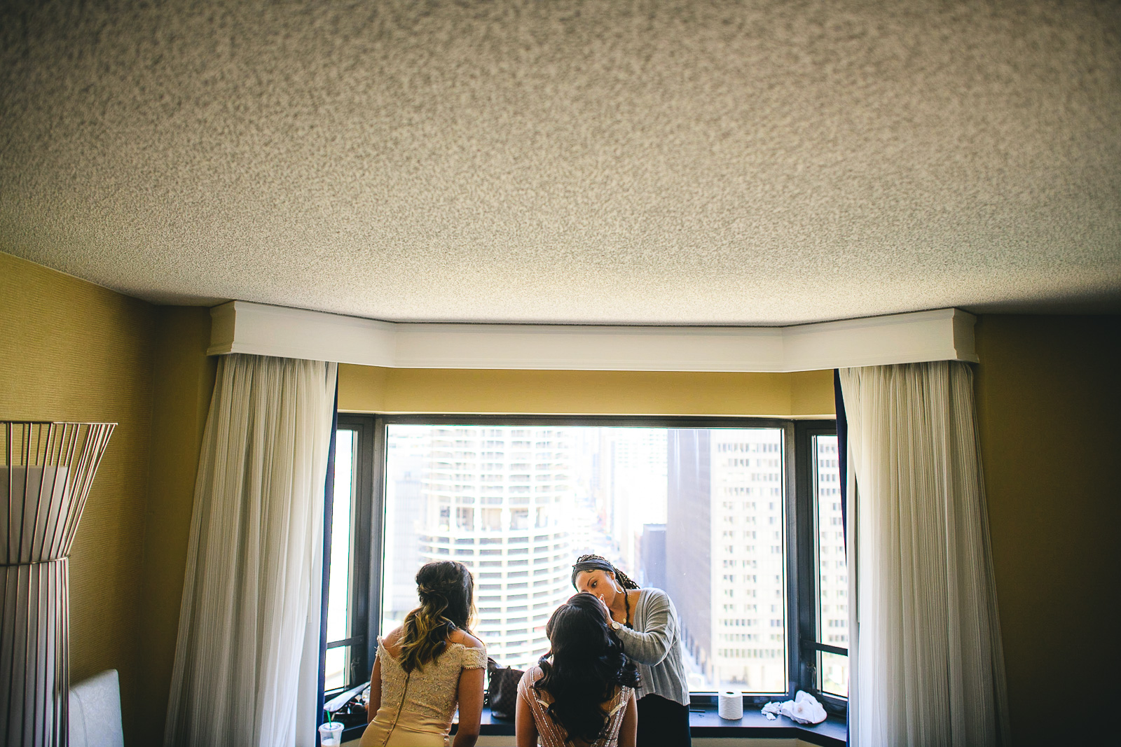 20 renaissance hotel chicago wedding photos - Renaissance Hotel Chicago Wedding Photos // Francine + RJ