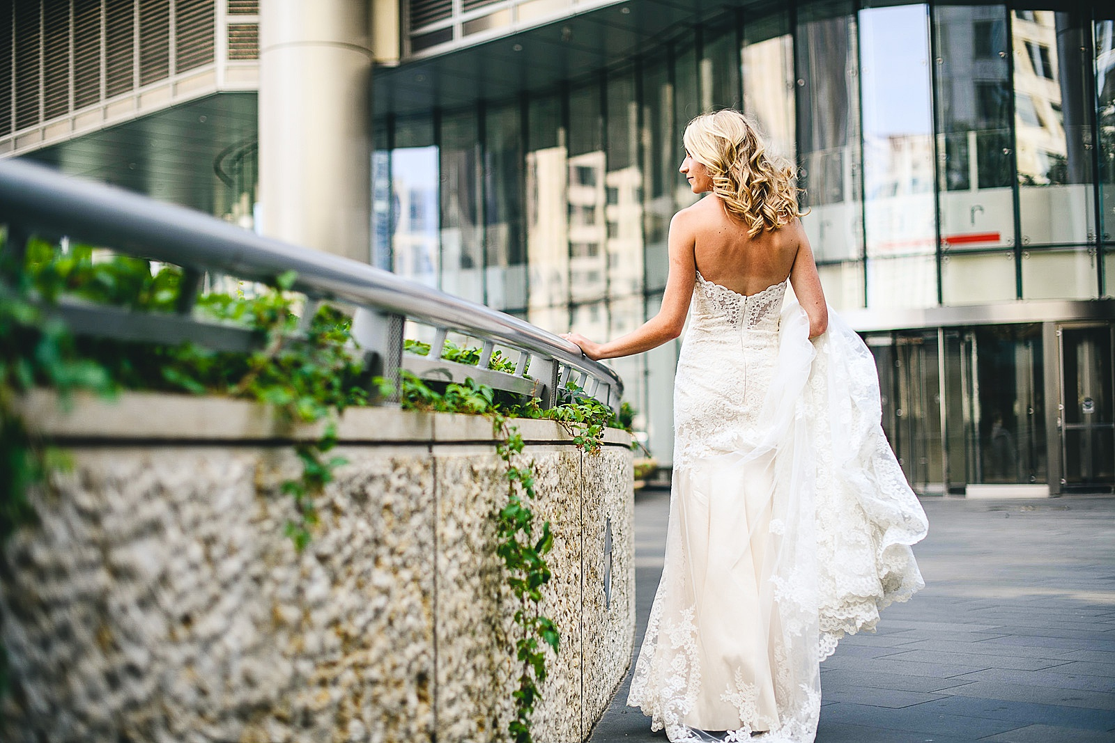 31 bride portrait in chicago - Audrey + Jake's Beautiful Chicago Wedding at Chez