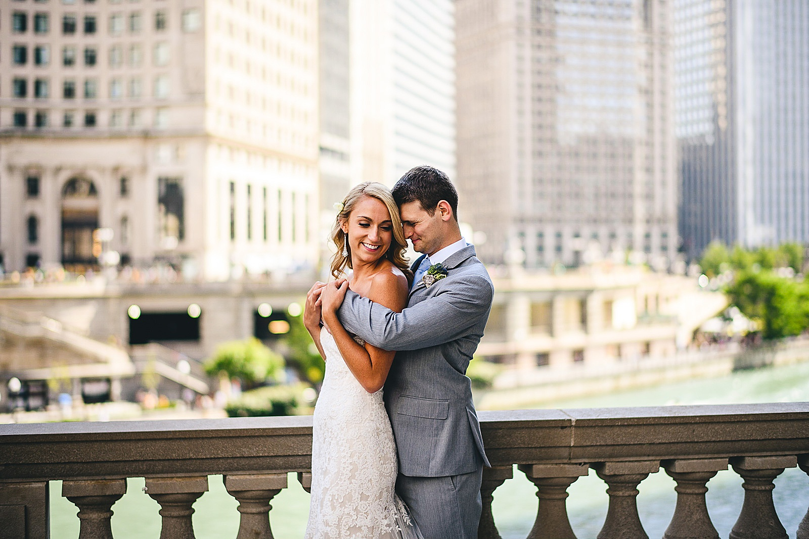 33 wrigley building wedding photos - Audrey + Jake's Beautiful Chicago Wedding at Chez