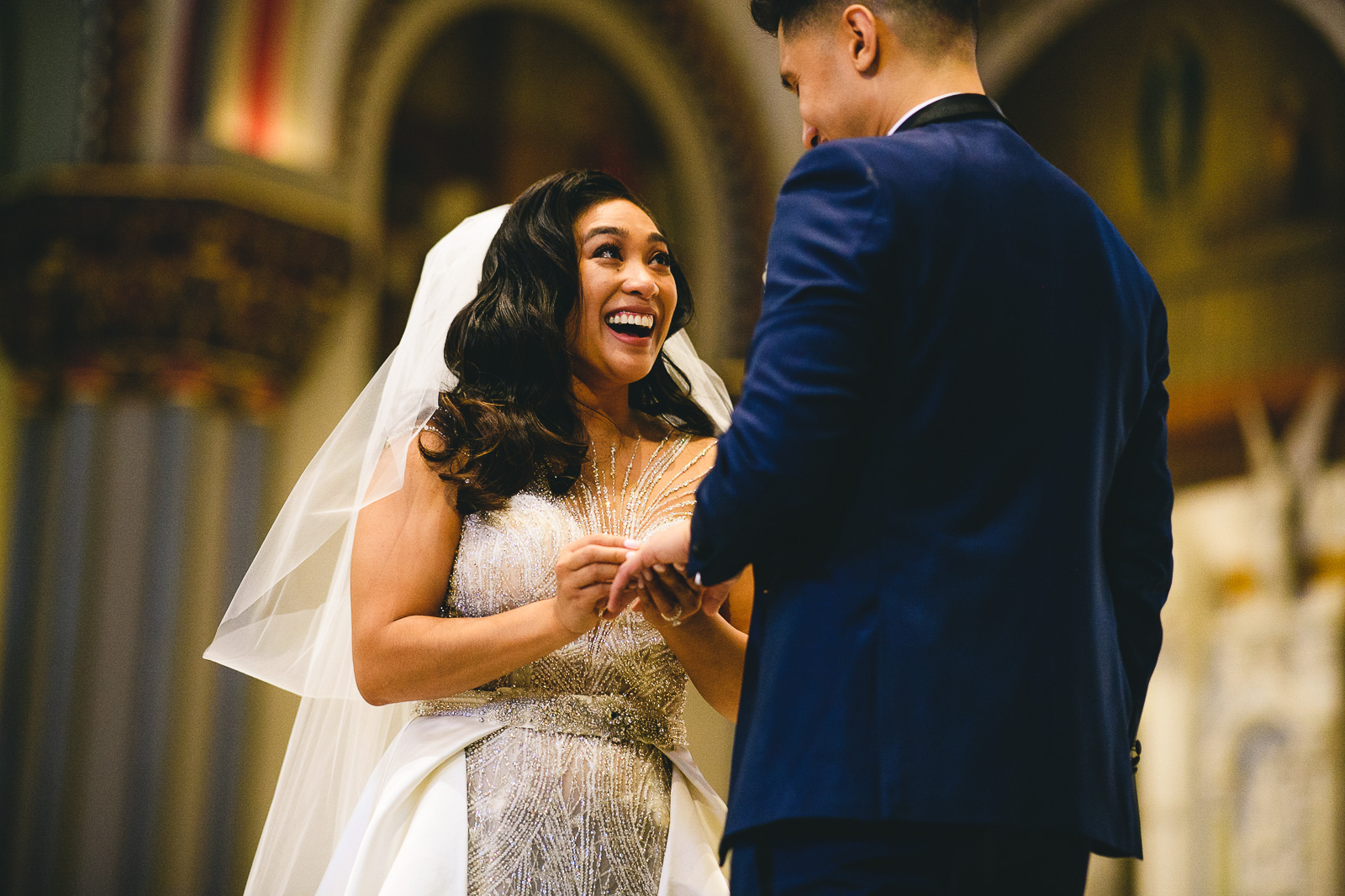 43 renaissance hotel chicago wedding photos - Renaissance Hotel Chicago Wedding Photos // Francine + RJ