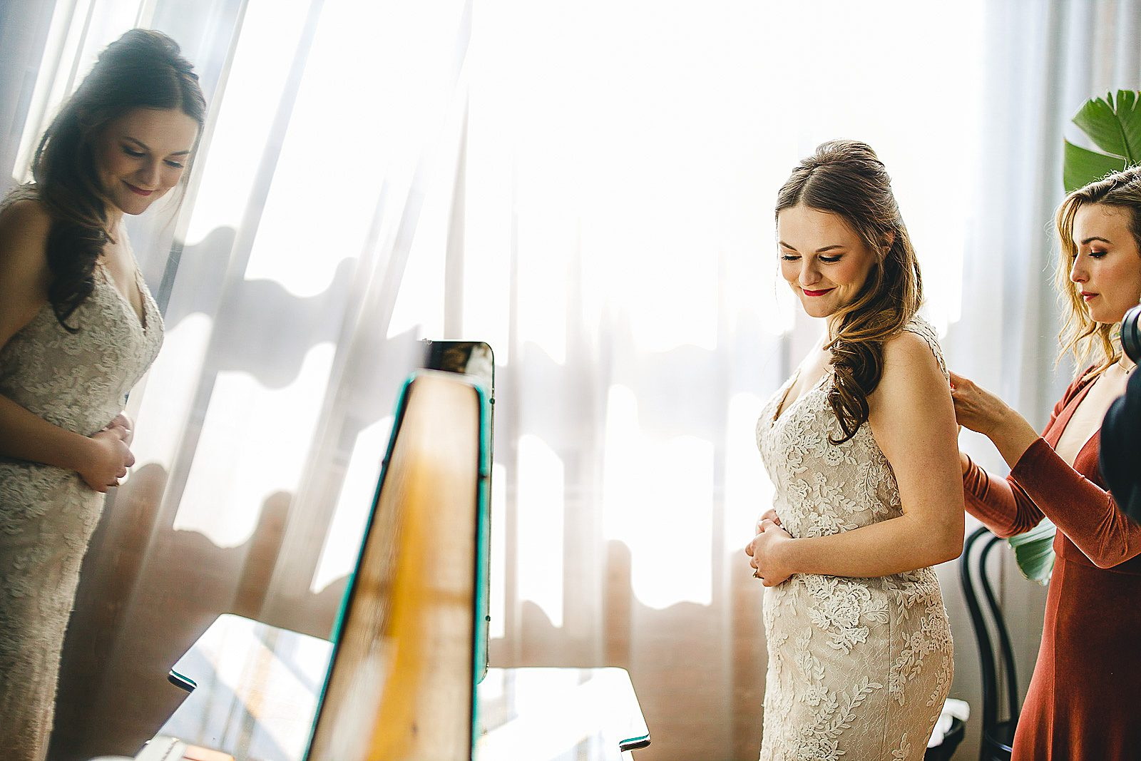 8 chicago wedding photograhy - The Wedding of Samantha + Kyle in Chicago