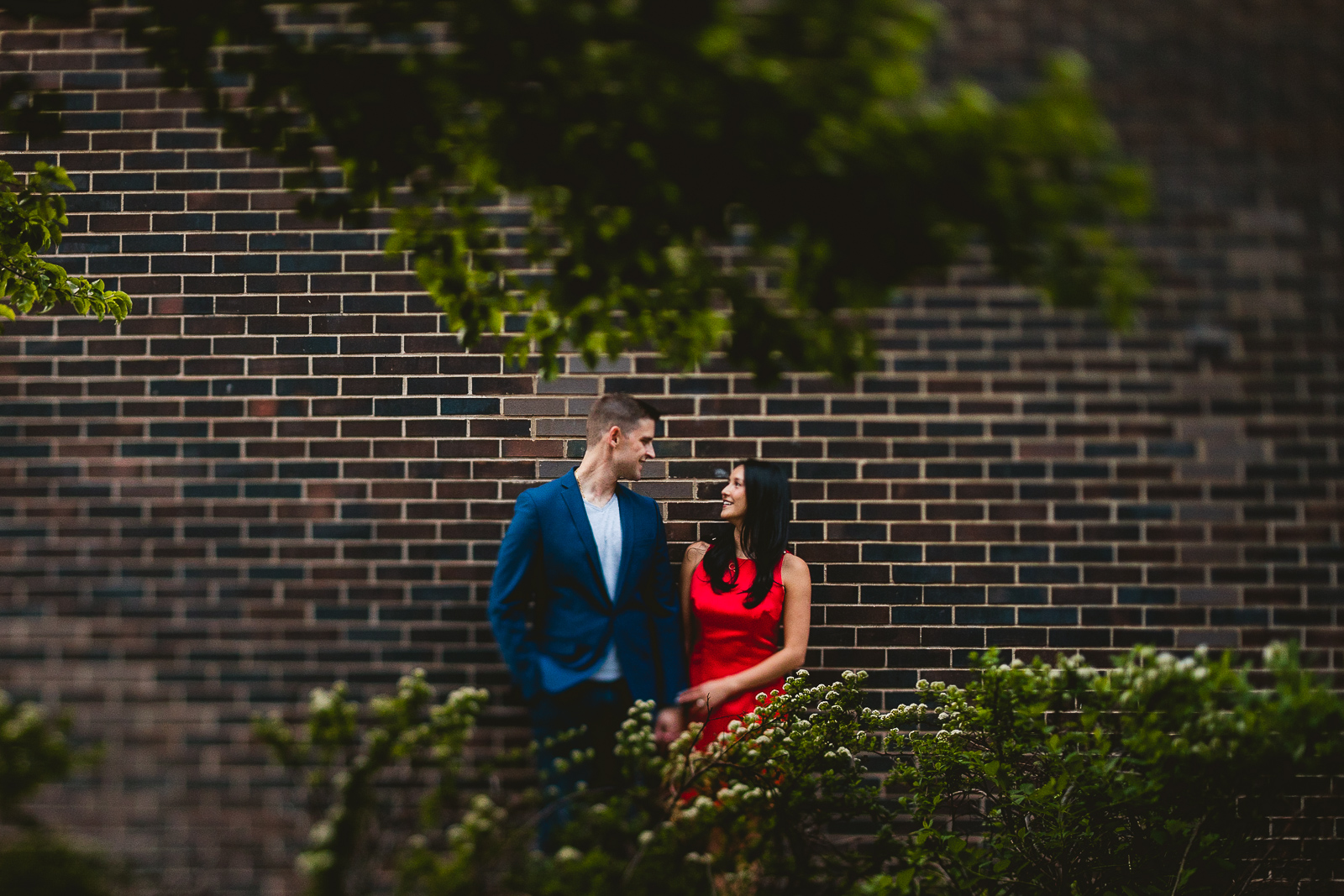 13 best engagement photos in chicago - Alex + Jim // Sunset Engagement Session